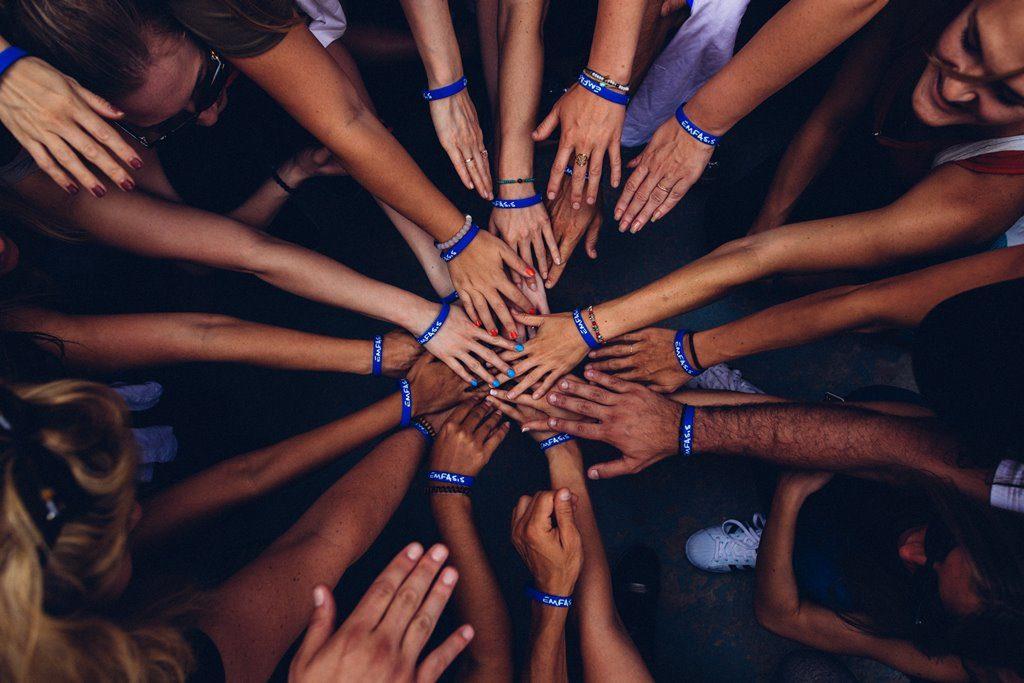Благотворительность как забота о Мире